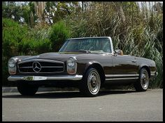 1969 Mercedes-Benz 280SL Pagoda Convertible 4-Speed, Two Tops  #Mecum #Monterey