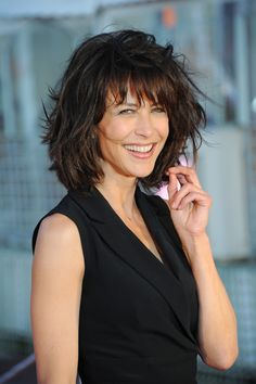 Sophie Marceau (French actress)- Kibbe Natural (in my opinion) Short Hair With Layers, Layered Hair, Short Hair Cuts, Medium Hair Styles, Curly Hair Styles, Cute Hairstyles For Short Hair, Good Haircuts, Simple Hairstyles, French Actress