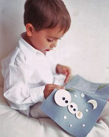"Felt ""Quiet Book"" idea/pattern from M.S.  Great Baby gift idea.  On bus or train trips, during wedding ceremonies, or whenever silence is required, keep your child entertained with a homemade felt activity book."