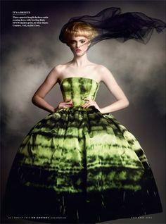 Dior Haute Couture par Raf Simons - Fall Winter 2012/2013kingofcouture.tumblr.com