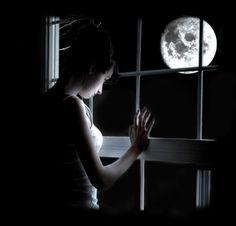 Boldog Blogok: Teliholdas álmatlanság