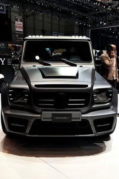 ℓιzzιє вσωєяѕ G-Wagon - it look so badass Maserati, Bugatti, Lamborghini, Rolls Royce, Aston Martin, Mercedes G Wagon, Mercedes G63, Audi, Lux Cars