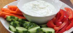 Healthy vegetable dip using fat free plain Greek yogurt & light sour cream. Only 26 calories per serving! Vegetable Dip Healthy, Healthy Yogurt, Healthy Dips, Healthy Vegetables, Healthy Recipes, Healthy Eating, Fried Vegetables, Veggies, Dip Recipes