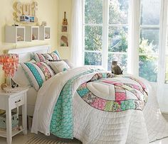 Post of Teen Girl Bedrooms, a Breath-taking summary 8872022607 - A spectacular yet sweet resource of teenage girl room tactic. Small Room Interior, Small Room Bedroom, Cozy Bedroom, Teen Bedroom, Small Rooms, Childrens Bedroom, Surfer Bedroom, Pastel Bedroom, Cosy Room