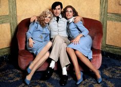 Bryan Ferry with 'Sirens' Doreen Chanter and Jacquie Sullivan – mid 1970s