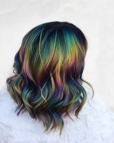 Verified Oil-spill dreams 😍🌈 How chic is this psychedelic highlighting technique? We're gonna need next summer to come around already 👋LINK IN BIO for the hottest colours for your summer switch-up. Hair Color Dark, Cool Hair Color, Oil Slick Hair Color, Rockabilly Hair, Hair Dye Colors, Dye My Hair, Grunge Hair, Crazy Hair, Pretty Hairstyles