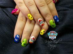 Paw Patrol Design nails #pawpatrolnails #nailart #handpaintednails #paws #pawprints #moleenddesign