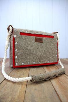 Red pocket felt satchel, Felt bag, Mens felt messenger bag – Rambag