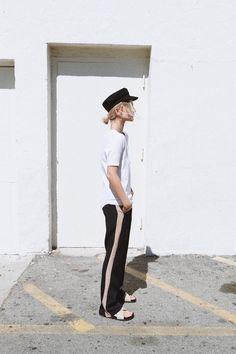 Janessa Leone hat, Bassike tee, Frankie shop pants & Céline slides, Los Angeles. Via Mija