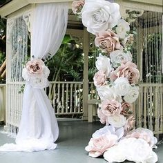 amazing backdrop using her Ann Neville Design rose template.Clever combination of drape and large oversized paper flowers make this dramatic site for Wedding Ceremony.Top 6 Wedding Decor Trends For 2018 Brides ❤︎ Wedding planning ideas & inspirat Giant Paper Flowers, Large Flowers, Diy Flowers, Paper Flower Wall, Large Artificial Flowers, Flowers Garden, Faux Flowers, Pink Paper, Foam Crafts