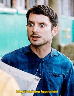 """2/2 - Dirk Gently's Holistic Detective Agency """"Lost and Found"""" (1x02) - Dirk and Todd"""