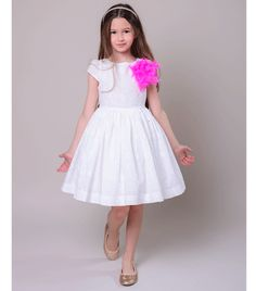 Pink Feathers, Dress P, Tulle, Girls Dresses, Pretty, Skirts, Cotton, Fashion, Broderie Anglaise