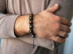 Hey, I found this really awesome Etsy listing at https://www.etsy.com/listing/186426241/tiger-eye-mens-shamballa-bracelet