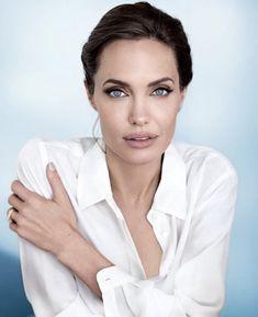 Vanity Fair (US) - 003 - Angelina Jolie Source - Photo Galler. - Vanity Fair (US) – 003 – Angelina Jolie Source – Photo Gallery