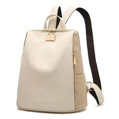 Una mochila revolucionaria que libera tu bolso para pasar al