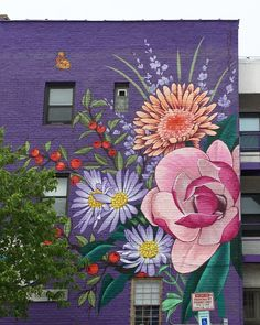 OUIZI - check out her website for floral murals Murals Street Art, Street Art Graffiti, Mural Floral, Flower Mural, Flower Graffiti, Art Public, Institute Of Contemporary Art, Mural Wall Art, Chalk Art