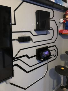 Decorating a Game Room Geek Room, Video Game Rooms, Gaming Room Setup, Game Room Design, Game Room Decor, Office Setup, Cool Furniture, Shophouse, Cable Organizer