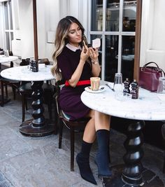"22.2 mil Me gusta, 275 comentarios - Lydia (@lydiaemillen) en Instagram: ""Coffee & make-up touch ups in London after an amazing day spent with @claudiaschiffer for the…"""