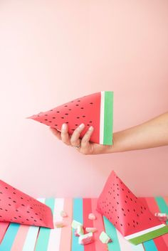 Birthday Presents For Kids Tutorials Ideas Party Hacks, Diy Party, Party Gifts, Party Favors, Favours, Watermelon Birthday Parties, Fruit Party, Watermelon Crafts, Watermelon Ideas