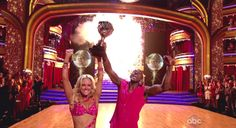 Peta Murgatroyd and Donald Driver ABC's Dancing with the Stars Season 14, Finale part 2 Kelly Clarkson and Gladys Knight perform; The cast returns to dance once more and the season 14 winner is announced after the finalists peform their final dances of the season USA - 22.05.12 Supplied by WENN.comWENN does not claim any ownership including but not limited to Copyright or License in the attached material. Any downloading fees charged by WENN are for WENN's services only, and do not, nor are…