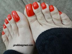 Share, rate and discuss pictures of Rainha Grazi's feet on wikiFeet X - the celebrity feet index for the adult industry. Red Pedicure, Foot Pedicure, Red Toenails, Long Toenails, Nice Toes, Pretty Toes, Feet Soles, Women's Feet, Beautiful Toes