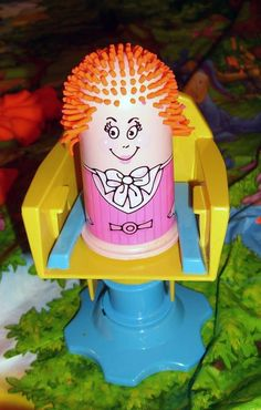 Play Doh hair salon. I used to love this! The Fuzzy Pumper Barber Shop!!