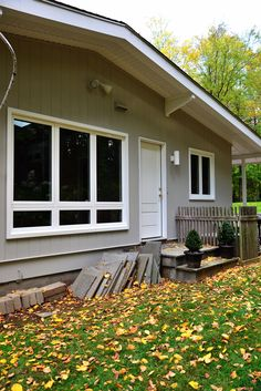 Mid-century modern house featuring casement and picture windows with narrow PVC coated aluminum picture frame trim