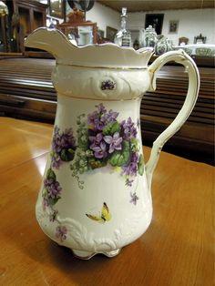 Washbowl pitcher