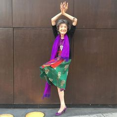 98-year-old yoga master @taoporchonlynch is in Los Angeles and will be leading a rare FREE yoga class at the Athleta at the Grove tomorrow from 9-10am. She will be signing copies of her incredible book from 11-12. Meeting Tao has been one of the highlights of my life. This is not to be missed!!!