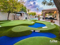 Outdoor Putting Green, Golf Putting Green, Golf Green, Large Backyard Landscaping, Backyard Garden Design, Backyard Ideas, Backyard Sports, Pool Deck Plans, Miniature Golf