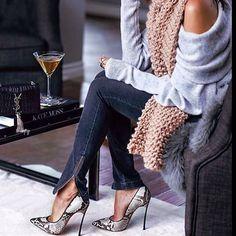 FASHION STYLE  #fashion #instafashion #ysl #designer #streetstyle #classy #style #lifestyle #loveit #model #tuesday #potd  Via @thestreetchic
