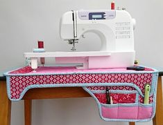 If you love sewing, then chances are you have a few fabric scraps left over. You aren't going to always have the perfect amount of fabric for a project, after all. If you've often wondered what to do with all those loose fabric scraps, we've … Sewing Hacks, Sewing Tutorials, Sewing Crafts, Sewing Tips, Sewing Essentials, Tutorial Sewing, Sewing Ideas, Diy Crafts, Leftover Fabric