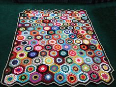 [Photo Tutorial] Wonderful Hexagons Flower Blanket To Decorate Your Home