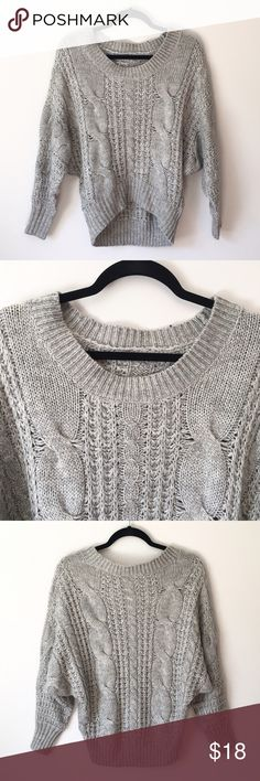 Slouchy Cable Knit Sweater This slouchy cable knit sweater is so cozy and warm. It's in really good condition with normal signs of wear. Reasonable offers welcome and don't forget to bundle for a discount! Xoxo -J Sweaters