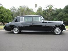 Rolls Royce Limousine, Classic Rolls Royce, Rolls Royce Motor Cars, Custom Muscle Cars, Rolls Royce Phantom, Dream Garage, Exotic Cars, Luxury Cars, Vintage Cars