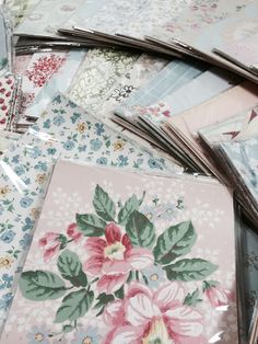 Vintage Wallpaper Scrap Packets from Fondly Vintage