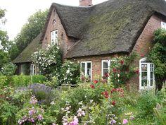 Die 76 Besten Bilder Von Landhaus Garten Backyard Patio Beautiful