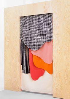 Jeld-Wen Shaker Interior Room Divider Primed 2052 x the hardest miles – TINY STORE: Nadine Goepfert – Textile & Design: … Door Design, House Design, Design Art, Wall Design, Room Interior, Interior Design, Interior Ideas, Textiles, Cool Ideas