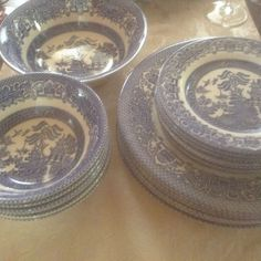 ENGLISH OLD WILLOW Ironstone Dinnerware 19 pc set of Blue and White  #EnglishIronstoneTableware