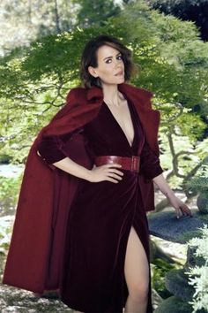 American Horror Story's Sarah Paulson serves this season's hottest #fashion trend #AHS