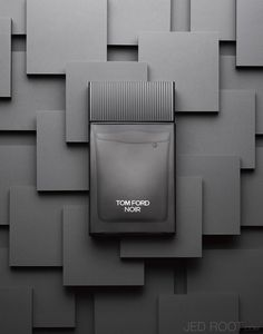 Noir by Tom Ford. Shop niche perfumery samples at Fimaron. Search your favorite parfums in our niche collection. Still Life Photography, Beauty Photography, Product Photography, Watches Photography, Advertising Photography, Commercial Photography, Tom Ford, Sistema Visual, Cosmetic Design