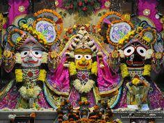 Jagannath Baladeva Subhadra Wallpaper (002)   Download Wallpaper: http://wallpapers.iskcondesiretree.com/jagannath-baladeva-subhadra-iskcon-ghaziabad-wallpaper-002/  Subscribe to Hare Krishna Wallpapers: http://harekrishnawallpapers.com/subscribe/  #Baladeva, #Jagannath, #JagannathBaladevaSubhadra, #Subhadra