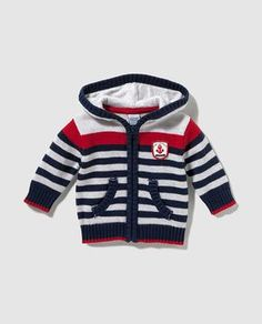 Diy Crafts - boy,Canan-Best 12 Freestyle striped baby boy jacket with hood More - Canan Mete - Baby boy Canan Freestyle Hood jacket Mete Stri Baby Boy Cardigan, Knitted Baby Cardigan, Baby Sweater Patterns, Baby Knitting Patterns, Winter Baby Clothes, Cute Baby Clothes, Cute Baby Boy Outfits, Kids Outfits, Baby Boy Jackets