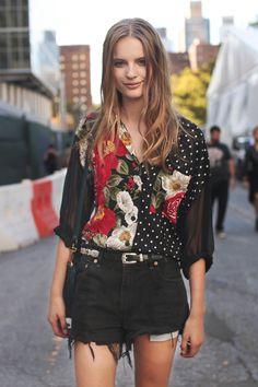 Tilda Lindstam Model Off Duty Street Style Best Street Style, Model Street Style, Look Fashion, New Fashion, Fashion Trends, Vintage Shirts, Vintage Outfits, Outfits Con Camisa, Tilda Lindstam
