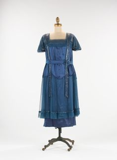 1918 blue dress - similar to the one Ella wears when she confronts the banker, Clive Gillespie.