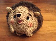 Ed de egel. Erg leuk om te maken en niet moeilijk. Gratis patroon zie: Amigurumi free crochet dieren