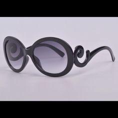 Fashion star design sunglasses Round framed fashionable polarized sunglasses. Lens UV400 Accessories Sunglasses