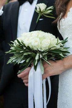 by chlorofilli flowers Olive Wedding, Greek Wedding, White Wedding Flowers, Floral Wedding, Flower Bouquet Boxes, Bridesmaid Luncheon, Rustic Bouquet, Arte Floral, Bride Bouquets