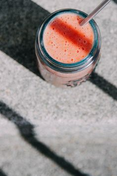 MADE!!!! I made this multiple times. It is sooo good! Plus I think it did help with period symptoms! - This Rawsome Vegan Life: A SMOOTHIE TO ALLEVIATE PERIOD SYMPTOMS