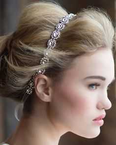 #wedding #hairstyle #hairdo #curls #bride #bridal #romantic